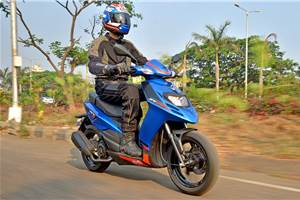2018 Aprilia SR125 review, test ride