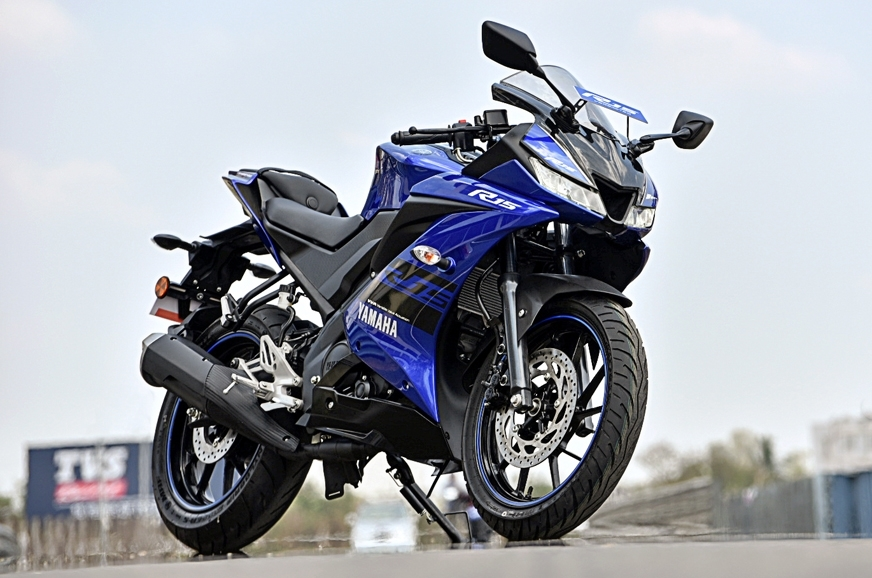 Yamaha yzf r15 v3 0 5 things you need to know autocar india for Yamaha r15 v3 price philippines