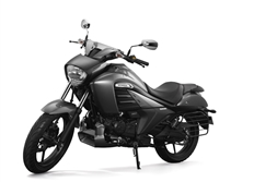 2018 Suzuki Intruder FI launched at Rs 1.07 lakh