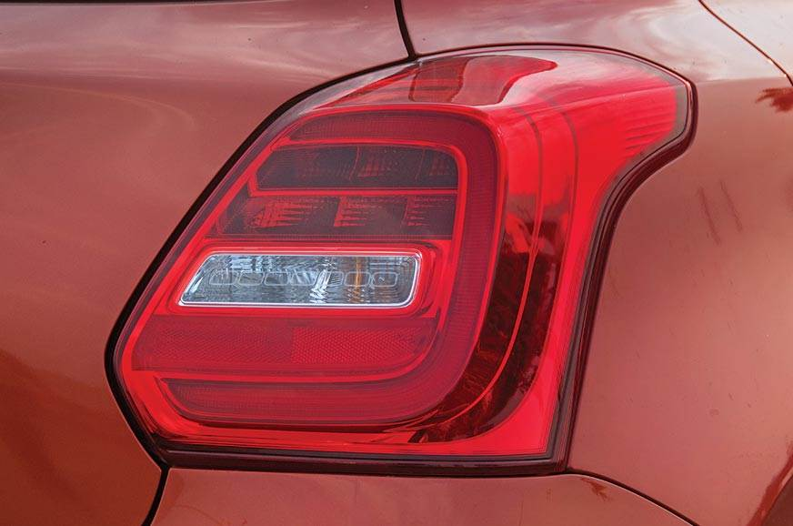 Protruding, 3D-effect tail-lamps make use of LED elements.