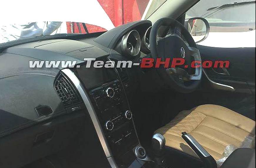 2018 Mahindra XUV500 facelift interior spied