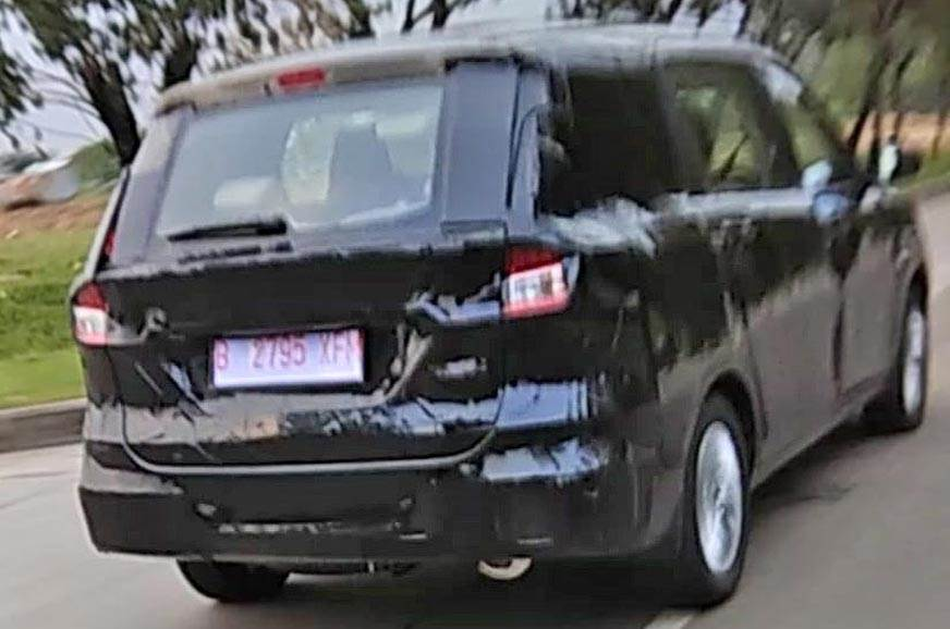 The Ertiga spied in Indonesia reveals Ciaz-like tail-lamps.
