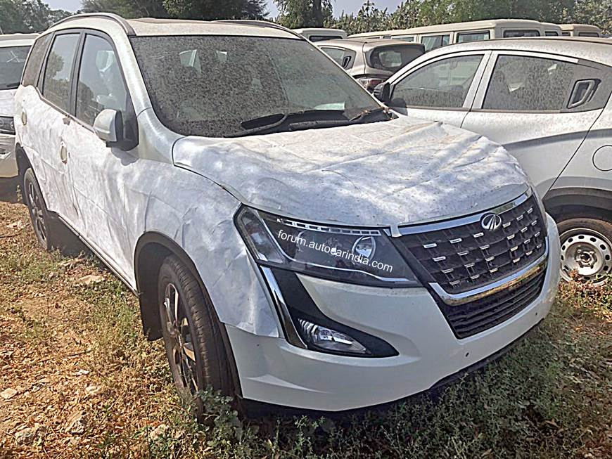 Mahindra XUV500 facelift launch on April 18