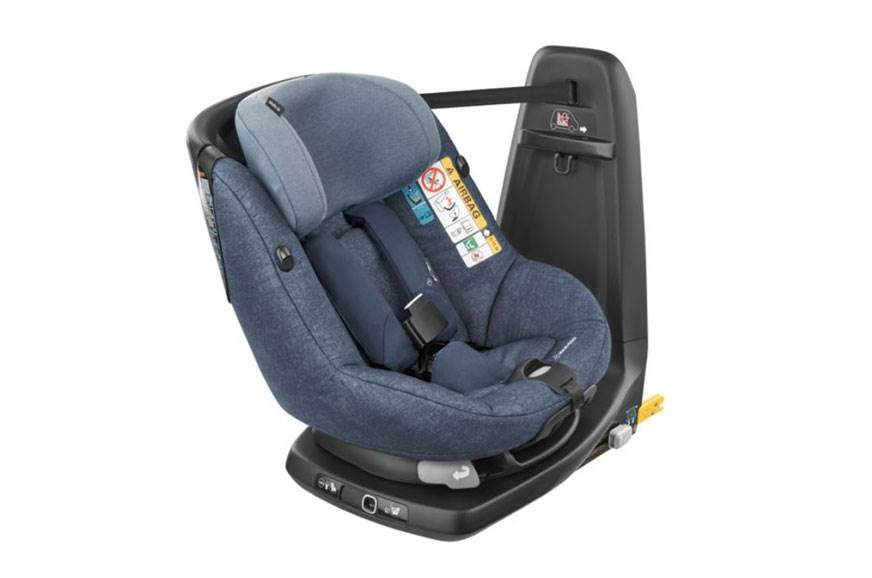 First child car seat with in-built airbags introduced