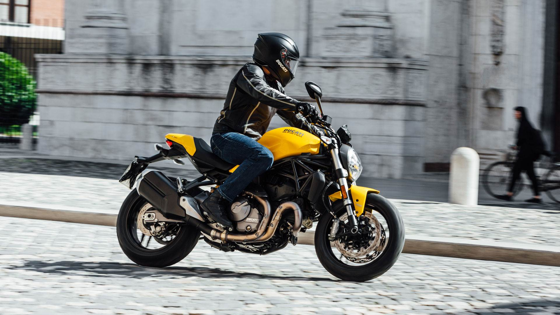 2018 Ducati Monster 821 to launch in India on May 1
