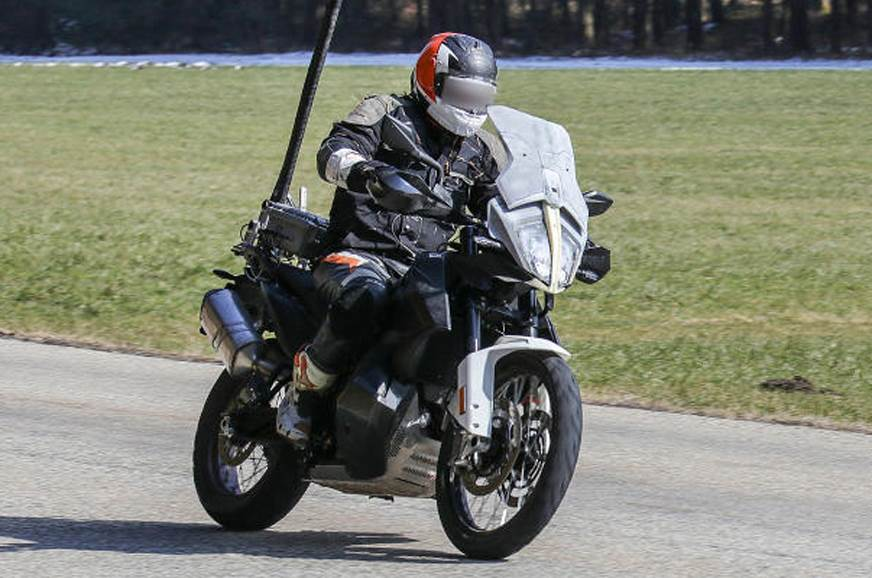 KTM 790 Adventure spotted testing