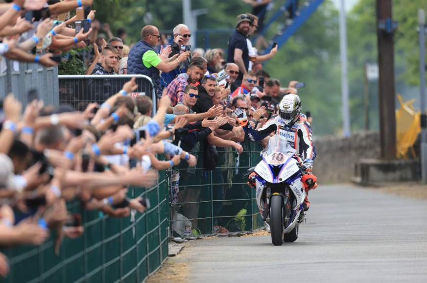 Lap records broken at 2018 Isle of Man TT
