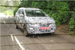 New Renault MPV spied testing in India for the first time