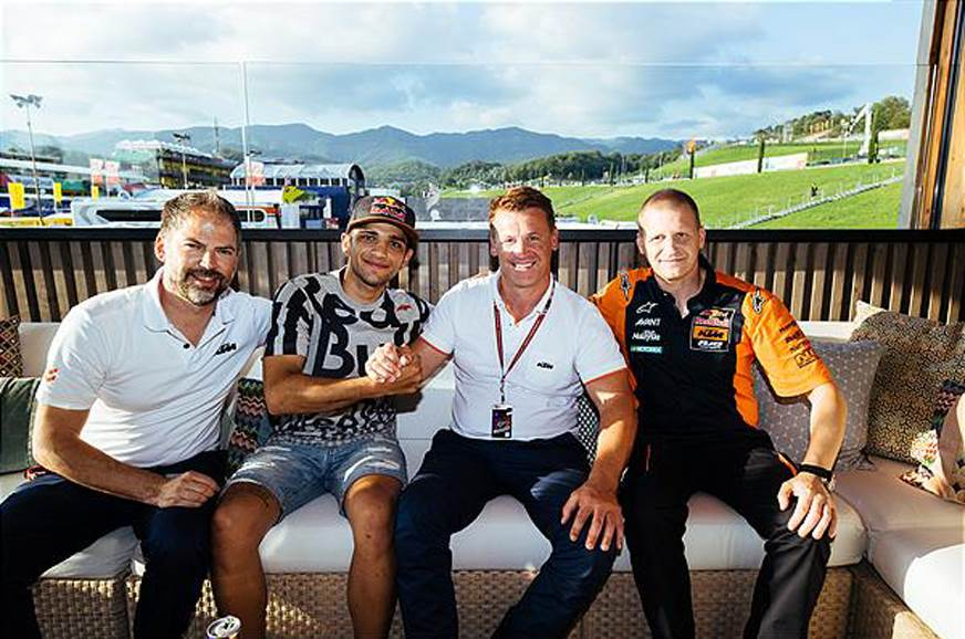 Jorge Martin (second from the left) with the rest of the KTM team.