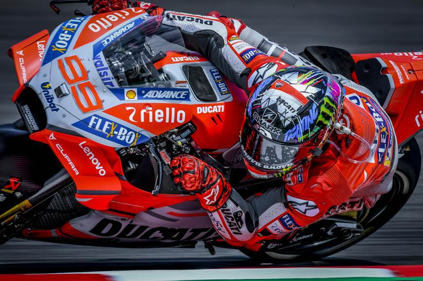 2018 Catalan MotoGP: Lorenzo hammers down his opponents