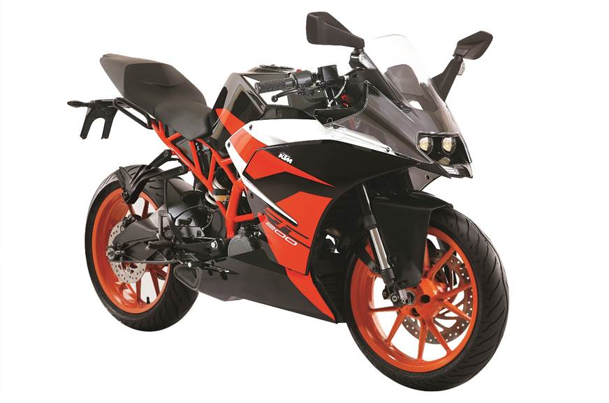 KTM RC 200 launched in black colour at Rs 1.77 lakh