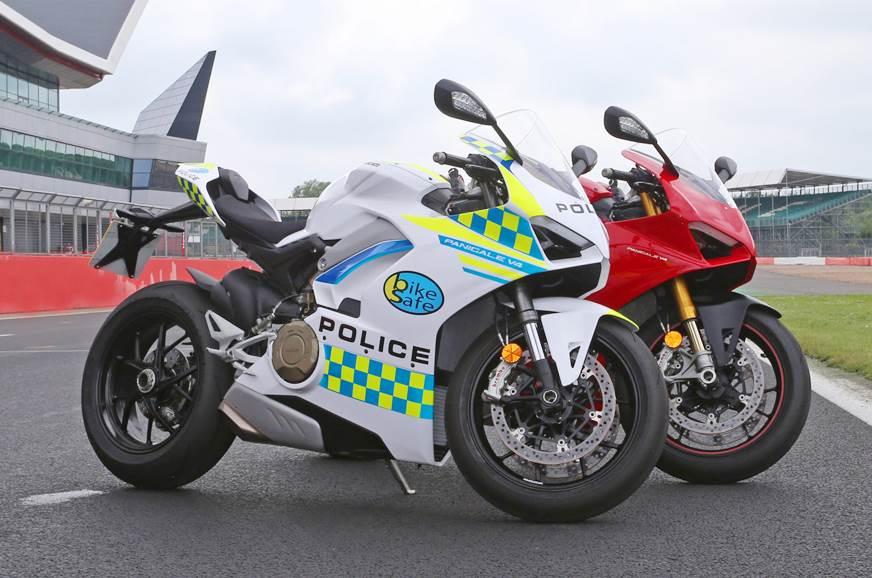 Ducati Panigale V4 joins UK police vehicle fleet