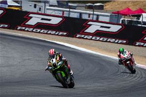 Jonathan Rea wins at Laguna Seca in WSBK