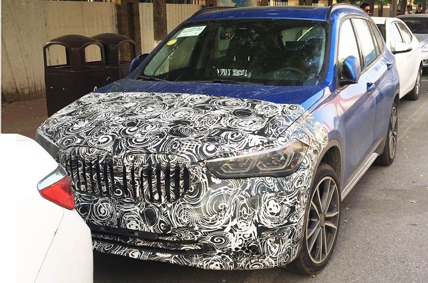 BMW X1 facelift spied testing