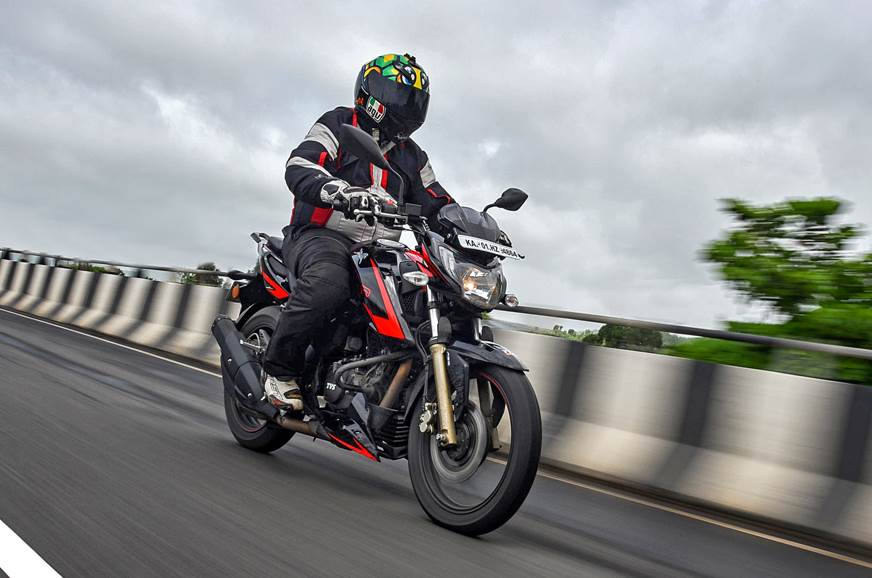 2018 TVS Apache RTR 200 4V Race Edition 2.0 review, test ...