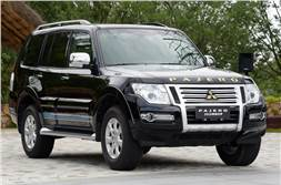 Mitsubishi Montero (Pajero) gets another facelift