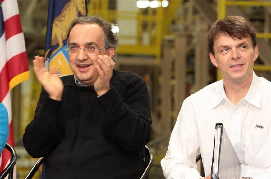 Sergio Marchionne (left) with Mike Manley (right).