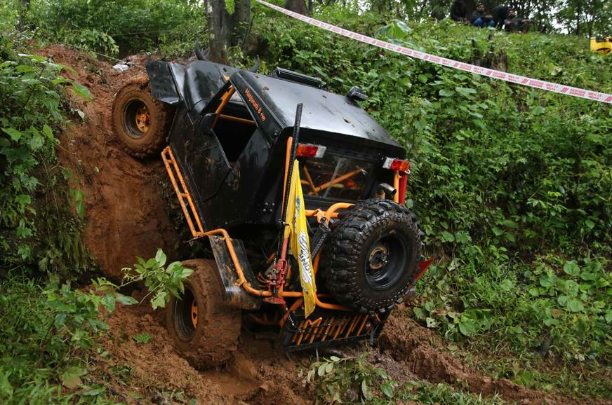 2018 RFC India: Dhaliwal tops standings after Day 1
