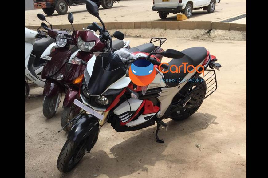 Mahindra Mojo electric caught testing