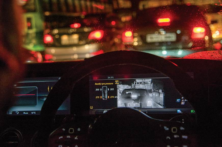 Infrared and thermal imaging give the S 63 an extra set o...