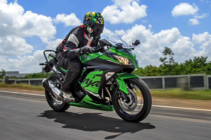 2018 Kawasaki Ninja 300 review, test ride