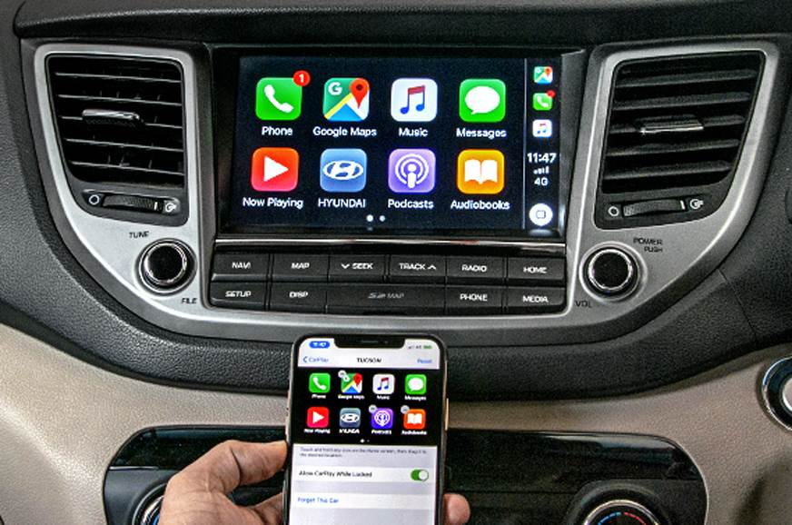 Apple CarPlay-equipped cars and SUVs now get Google Maps