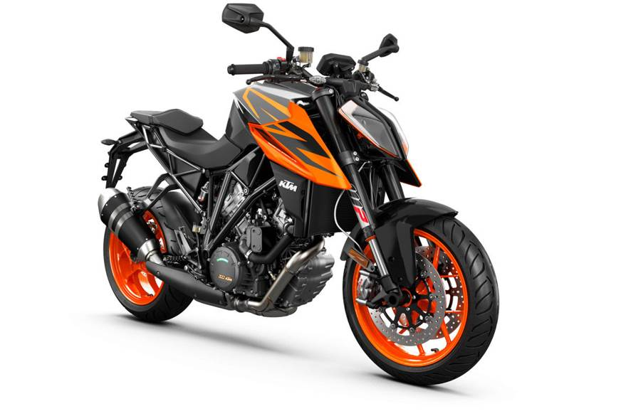 The 2019 KTM 1290 Super Duke R in black.