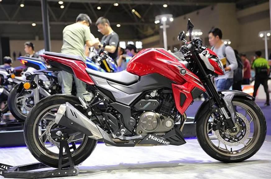 Houje DR300/Suzuki GSX-S300 unveiled