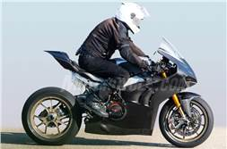 2019 Ducati Panigale V4 R spotted testing