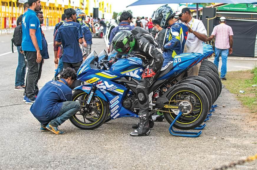Bike set-up is restricted to air-pressure adjustments.