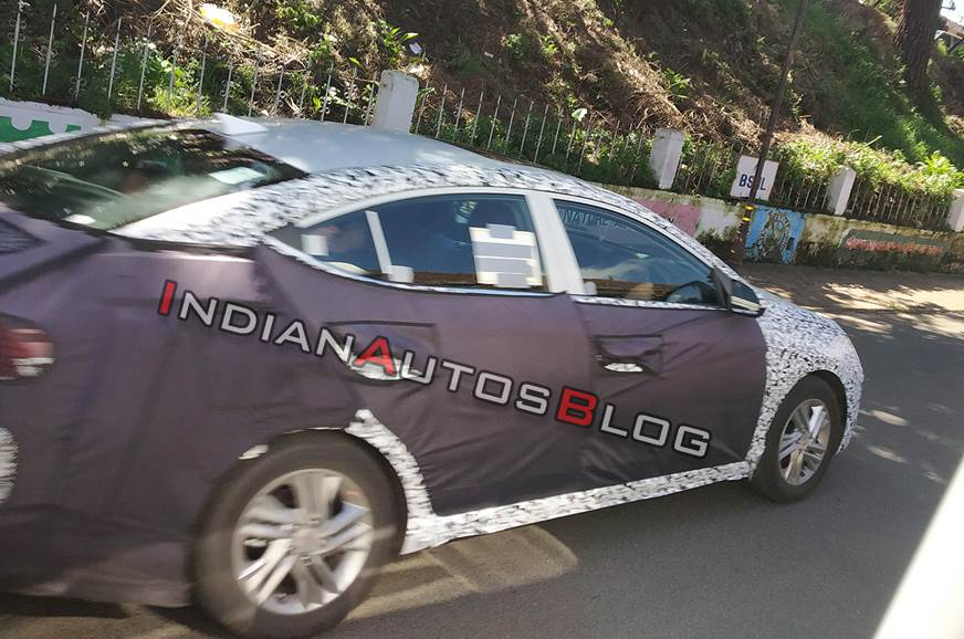 2019 Hyundai Elantra spied in India