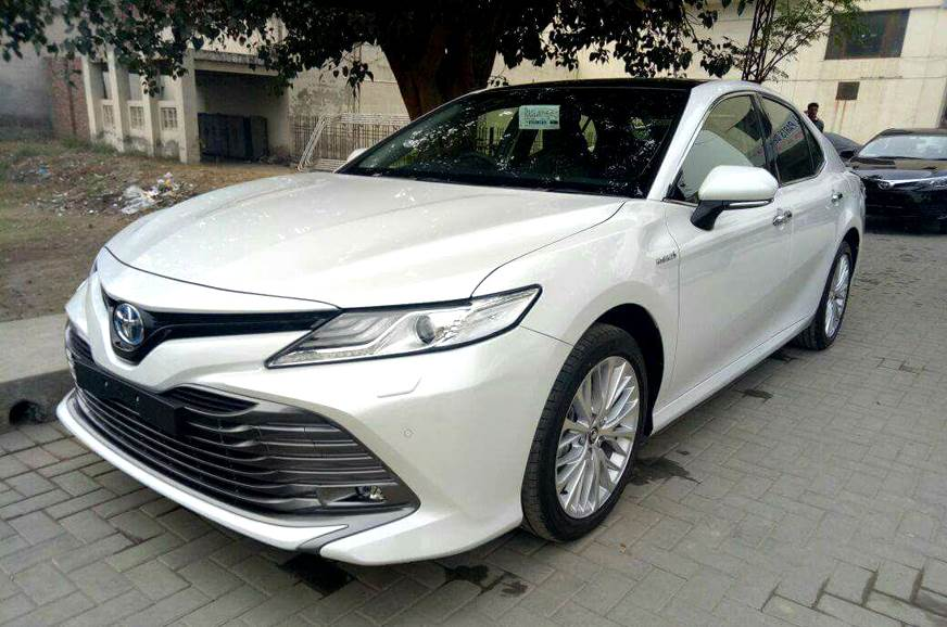 New Toyota Camry hybrid launch on January 18