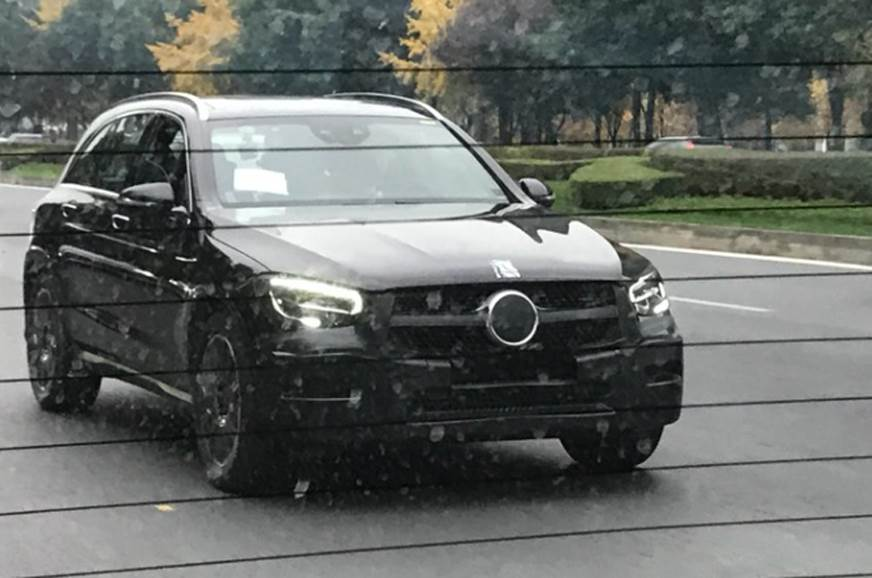 Mercedes-Benz GLC facelift spied testing