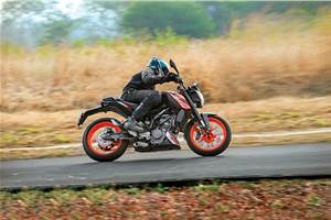 KTM 125 Duke review, test ride