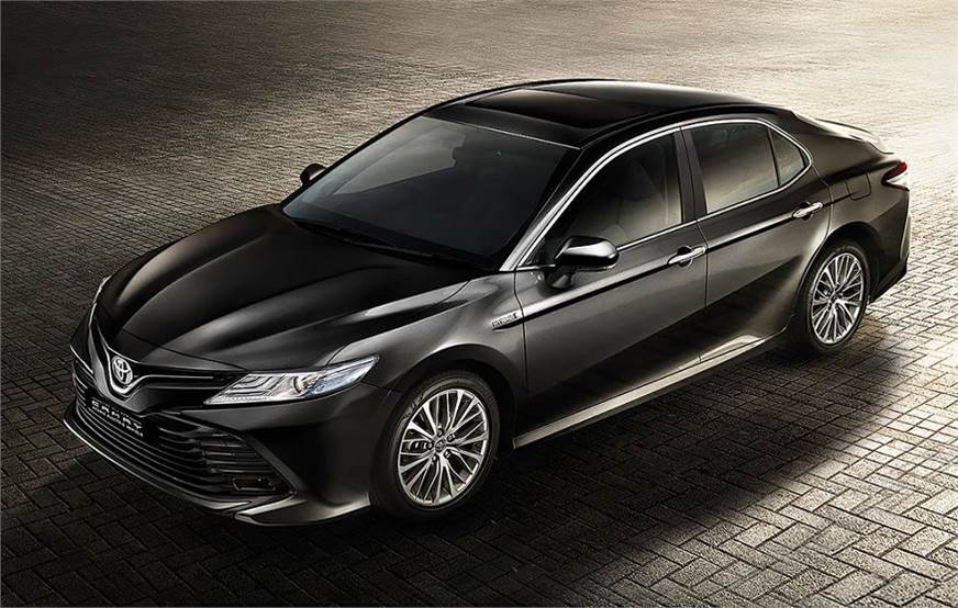 2019 Toyota Camry Hybrid launched in India.