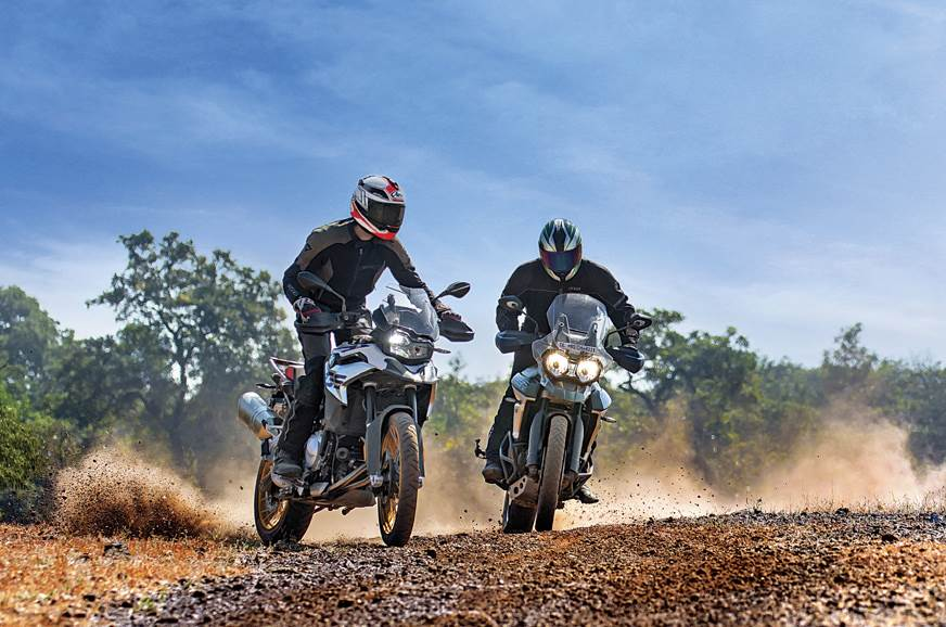 Triumph Tiger 800 XCX Vs BMW F 850 GS Pro comparison
