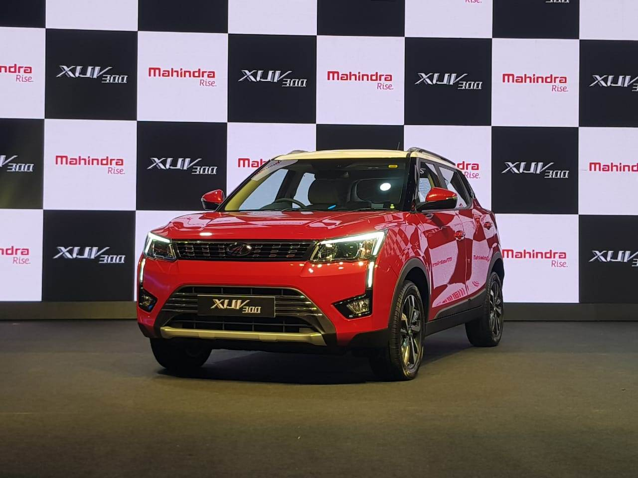 2019 Mahindra XUV300 price, variants explained