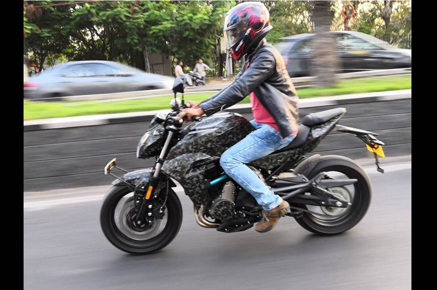 CFMoto 400NK spied on test in India