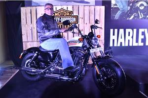 2019 Harley-Davidson Forty Eight Special, Street Glide Special launched