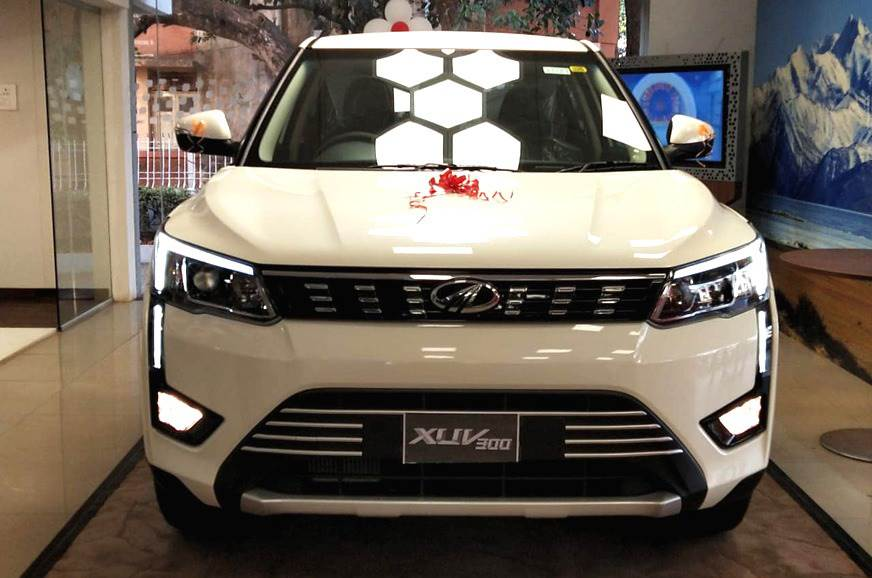 Mahindra XUV300 compact SUV gets 13,000 bookings since ...