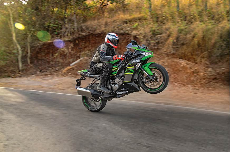 2019 Kawasaki Ninja ZX-6R review, test ride