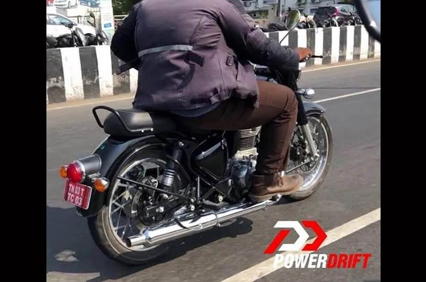 Heavily updated Royal Enfield Classic 350, 500 spied
