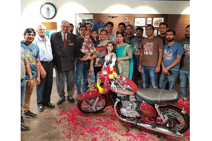 Jawa and Jawa Forty Two deliveries begin