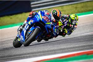 2019 Austin MotoGP: Rins holds off Rossi to take his maiden MotoGP win