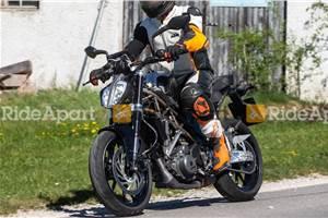 Next-gen KTM 390 Duke spied on test