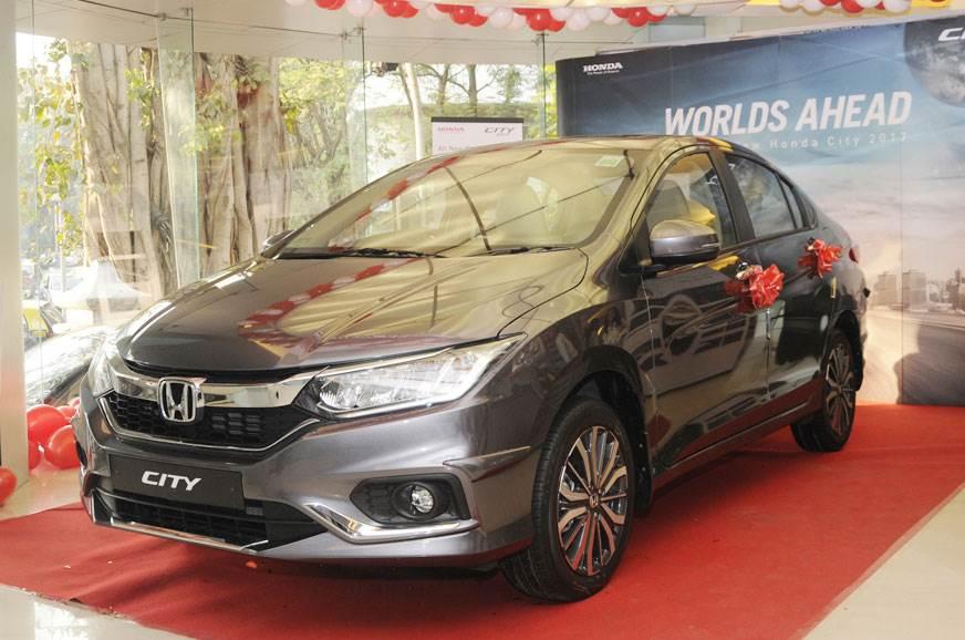 Up to Rs 2 lakh off on Honda CR-V, City, Amaze, WR-V, Jaz...