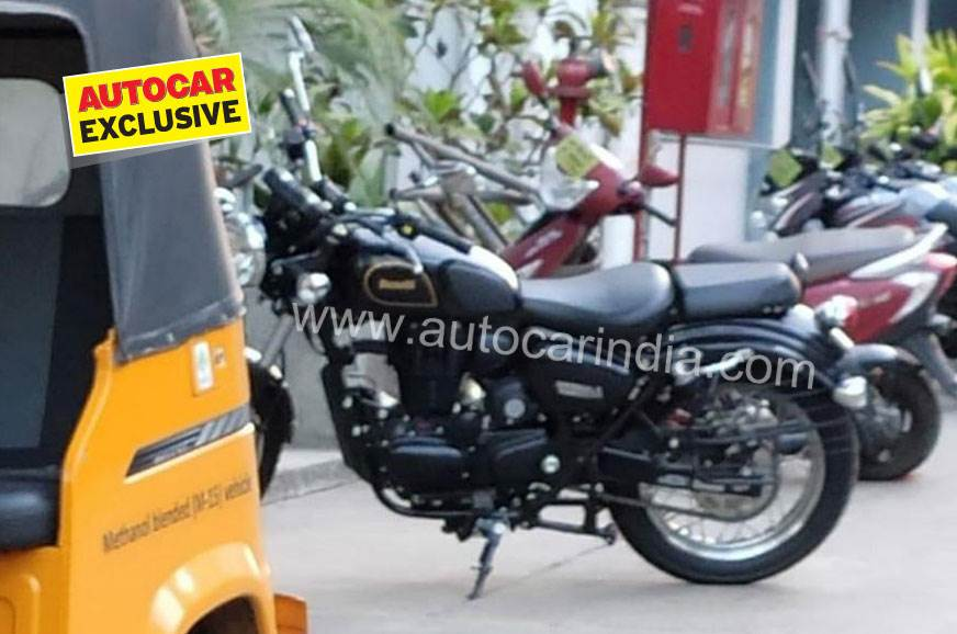 Benelli Imperiale 400 spotted in India for the first time