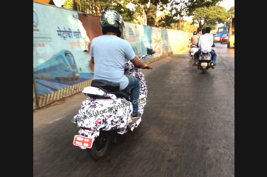 Upcoming Bajaj Urbanite scooter spotted on test