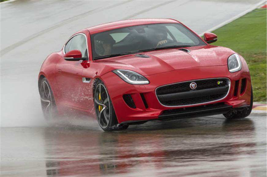 Heavily updated Jaguar F-Type in the works
