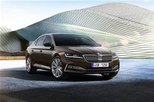 Skoda Superb facelift revealed